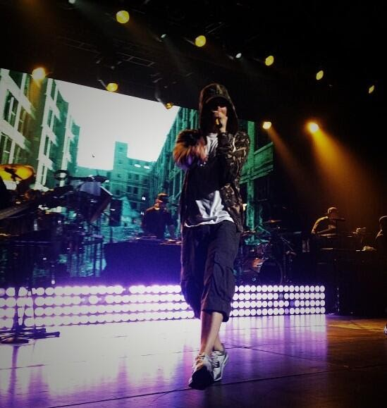 Eminem live at Shock The World 2013