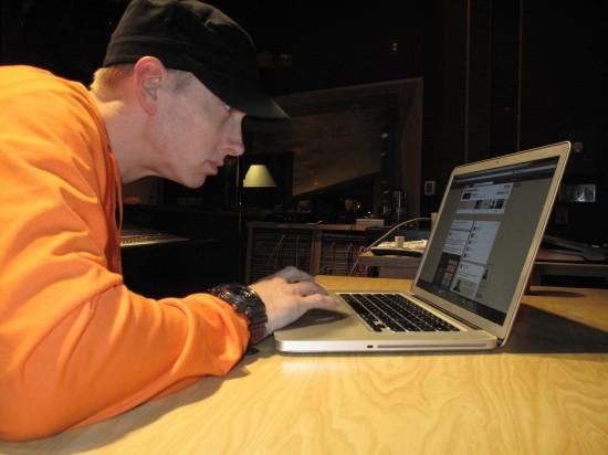 2013.11.08 - Eminem Q&A Facebook