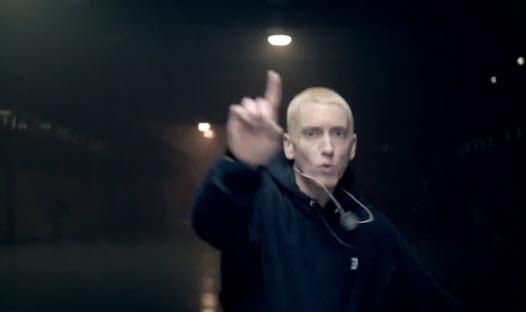 Лучшие кадры из клипа Eminem - Rap God