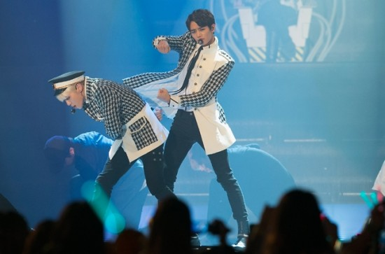 SHINee perform during the 2013 YouTube Music Awards, November 3, 2013 in Seoul, South Korea
