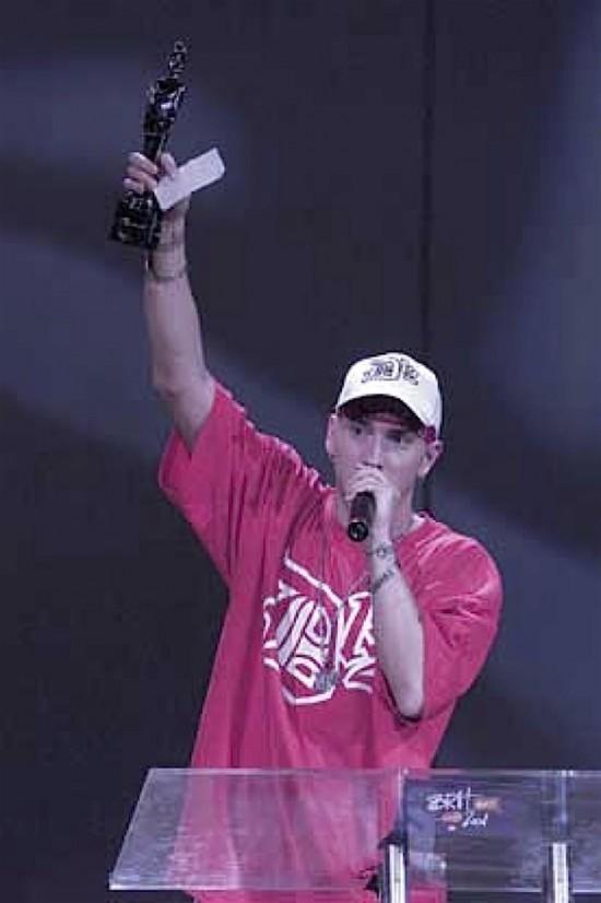 Eminem, BRITS 2001