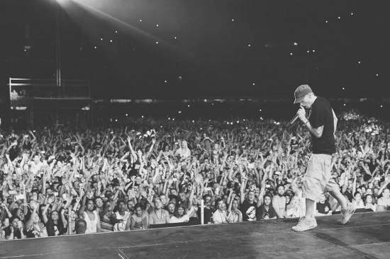 2014.02.19 - Eminem apture Melbourbe