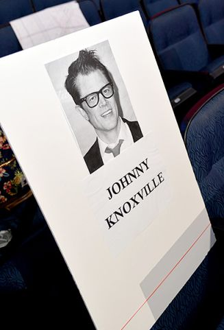 483795349-johnny-knozville-seat-card