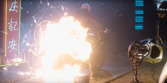 Eminem - Phenomenal (Behind The Scenes)  горящий мотоцикл