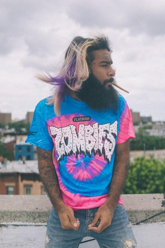 рэпер Zombie Juice, участник хип-хоп группы «Flatbush ZOMBiES», назвал Эминема «Богом» на своей официальной странице в Твиттере