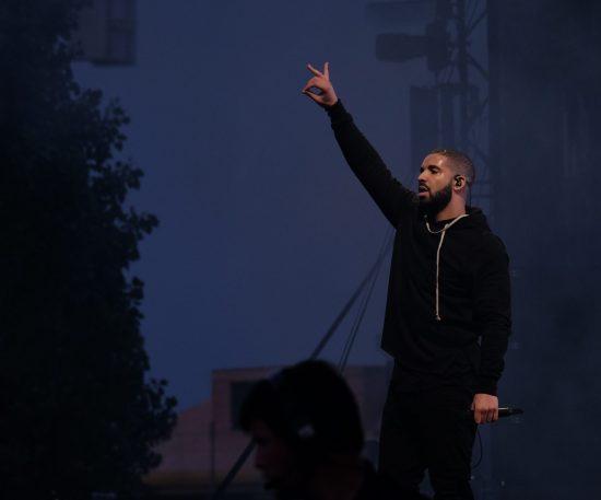 Drake перепишет историю Billboard 200 ?