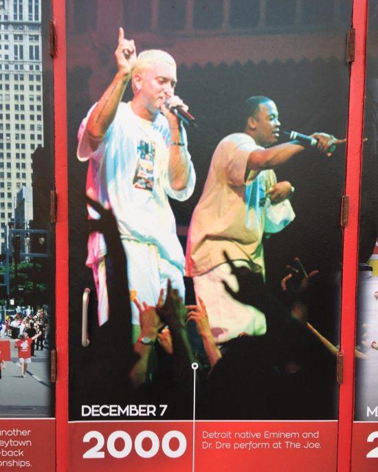 «Последний раз когда выступали в The Joe. Кажется я помню этот концерт, Man (Эминем), DPD зажги с Дре в ту ночь», - написал Розенберг в комментариях к фото.