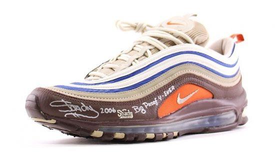 На аукцион выставлены редчайшие кроссовки Nike Air Max 97, созданные в сотрудничестве с Эминемом