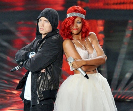 2-Eminem-ft-Rihanna-Love The Way You Lie