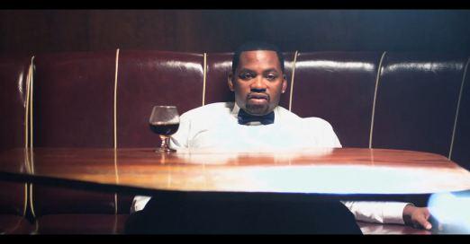 Obie Trice выпустил клип на трек Spill My Drink с альбома Bottoms Up