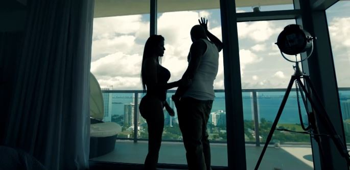 Joe Budden – 'She Don't Put It Down' (Feat. Tank, Fabolous & Lil Wayne)
