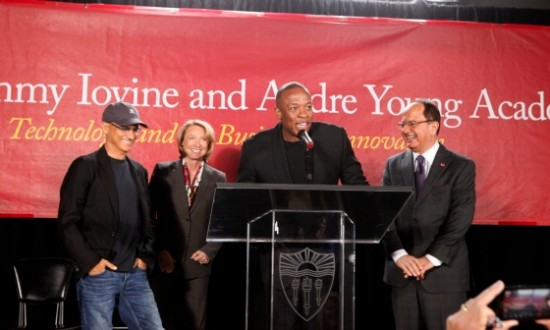 2013.05.15 - Jimmy Iovine, USC Dean Erica Muhl, Dr. Dre, USC President C.L. Max Nikias (University of Southern California)