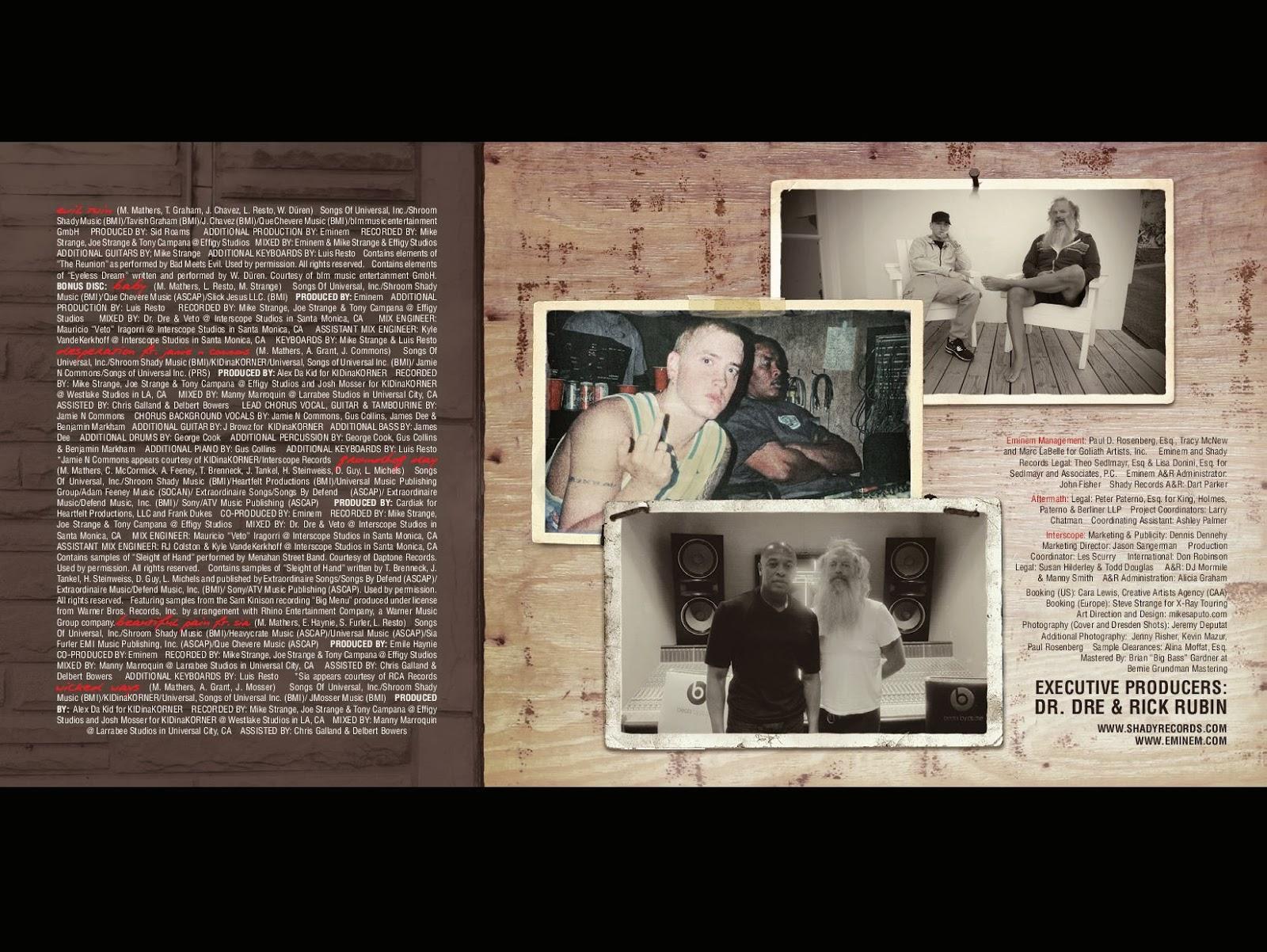 Буклет альбома Eminem The Marshall Mathers LP 2 - 01