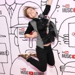 YouTube personality Hannah Hart attends the YouTube Music Awards 2013, November 3, 2013 in New York City