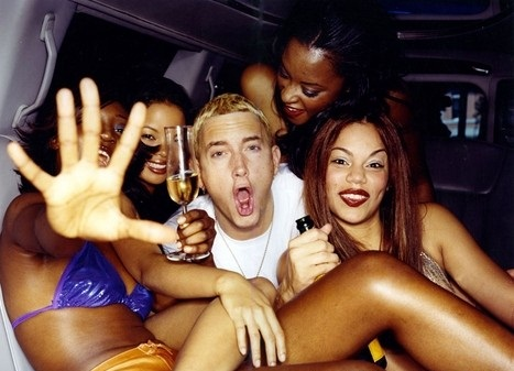 eminem-with-hot-girls