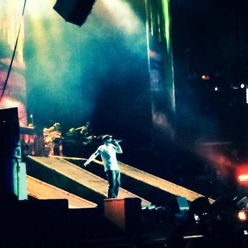 2014.02.15 - 16 Rapture 2014 Eminem вышел на сцену