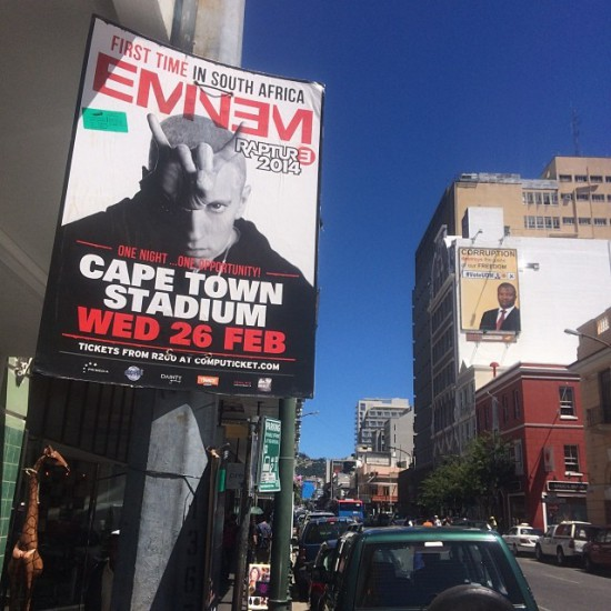 2014.01.26 - Eminem Rapture 2014 Cape Town 04 Реклама в Кейптауне