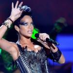 Rihanna at the 2008 MTV VMAs