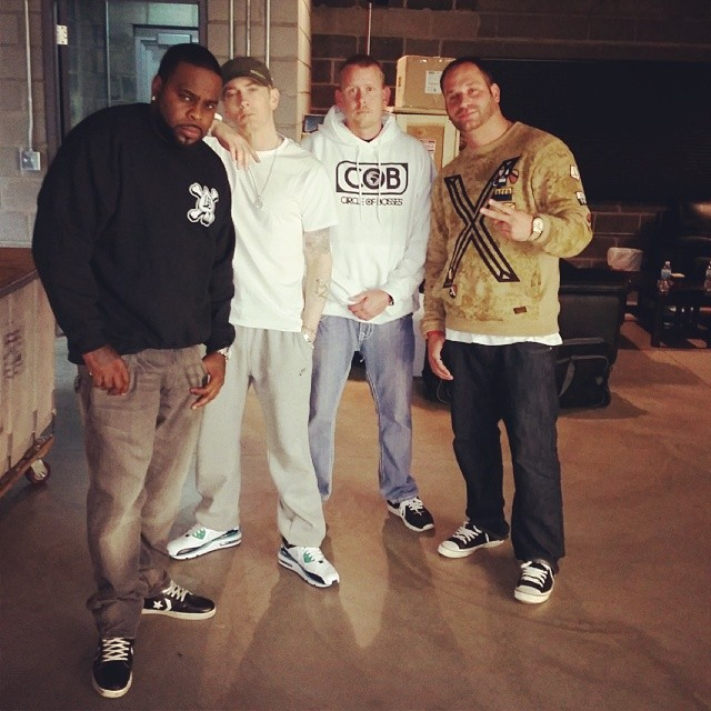 2014.05.15 - Eminem woth Crooked I at Studio (Detroit)