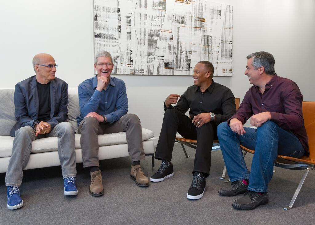Apple and Beats -2014 - Jimmy Iovine, Tim Cook, Dr. Dre and Eddy Cue