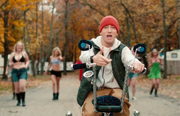 Skylar Grey Feat. Eminem – C'Mon Let Me Ride 2