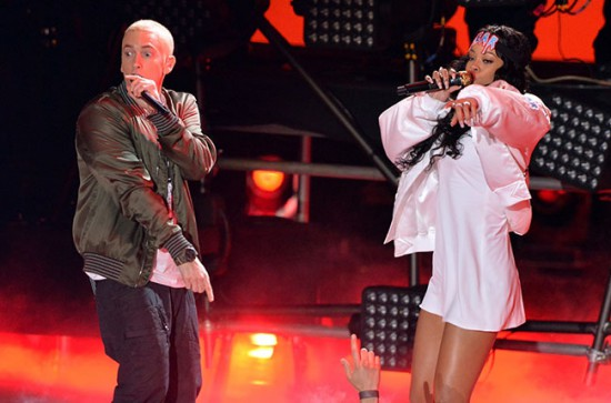 MTV Movie Awards - Eminem and Rihanna eminem.pro