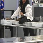 "Eminem и Rihanna снимают видео в Детройте. 2014.07.22 - Rihanna at ""LAX"" Airport in Los Angeles"