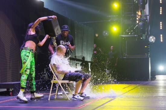 2014.08.23 - Eminem & Rihanna # ALS Ice Bucket Challenge