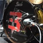 Майк - Барабанщик Эминема, снова получил новую кожу на барабан.