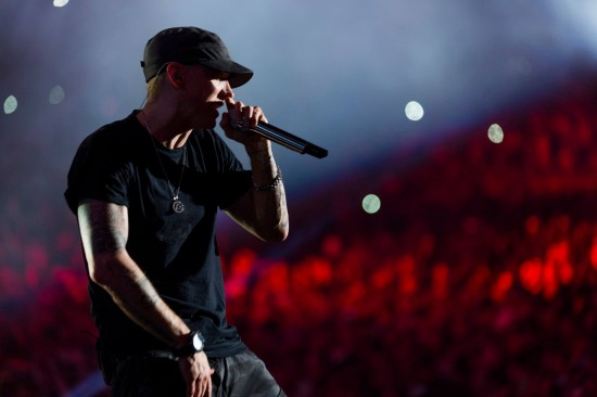 Eminem и Rihanna - The Monster Tour (Pasadena, Rose-Bowl) 08.08.2014