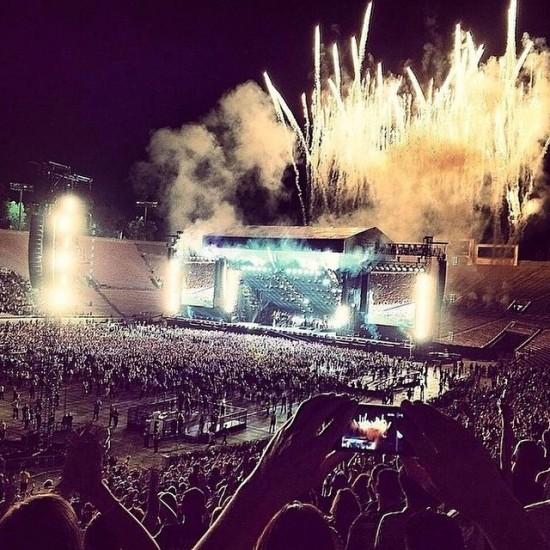 Eminem и Rihanna на The Monster Tour (Rose Bowl 7 августа 2014) 22
