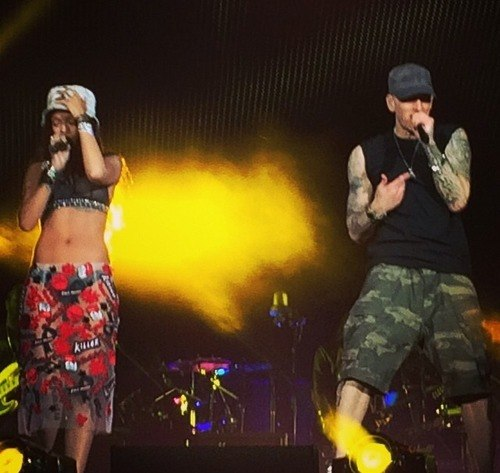 Eminem и Rihanna - The Monster Tour (MetLife Stadium 16 августа 2014)