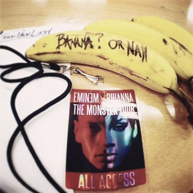 2014.07.08 - Подготовка бутика с мерчендайзом The Monster Tour