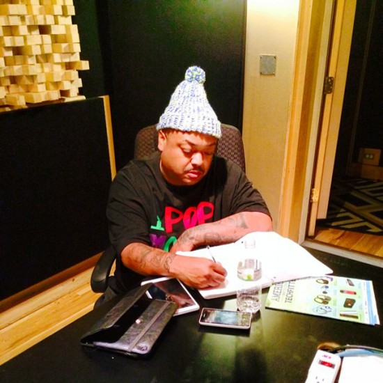 2014.09.25 - Bizarre SHADYXV Writing my verse for the new Shady Compilation - Y'all ready