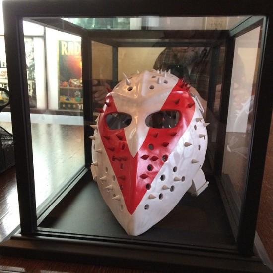 Cuzzalo выпустили маску SHADYXV