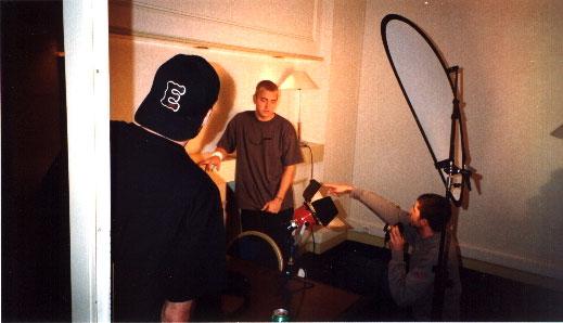 """Эминем на фотосъемке: «Ты уже закончил или еще нет?» / Eminem at photo shoot: """"Are you done yet?"""""""