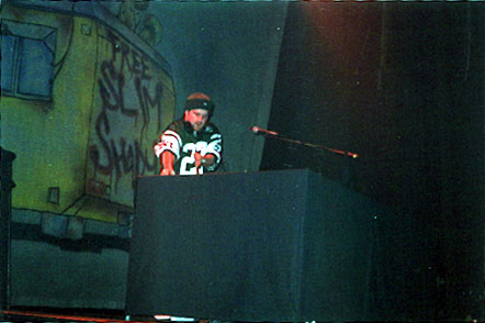 DJ Mighty Mi во время Европейского тура / DJ Mighty Mi during the European tour