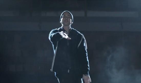 2014.11.24 - Eminem Guts Over Feat Music Video