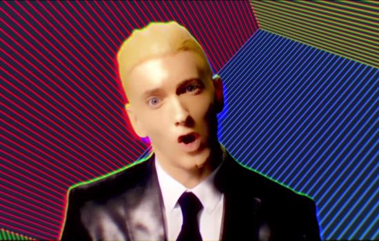 После прослушивания копозиции Rap God группа Hot Stylz предъявила иск Eminem'y на 8 миллионов долларов