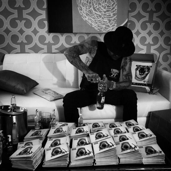 2015.04.21 - Yelawolf Signed Love Story