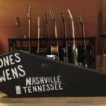 Гитара Epiphone Flying V Yelawolf Bones Owens и DJ Klever