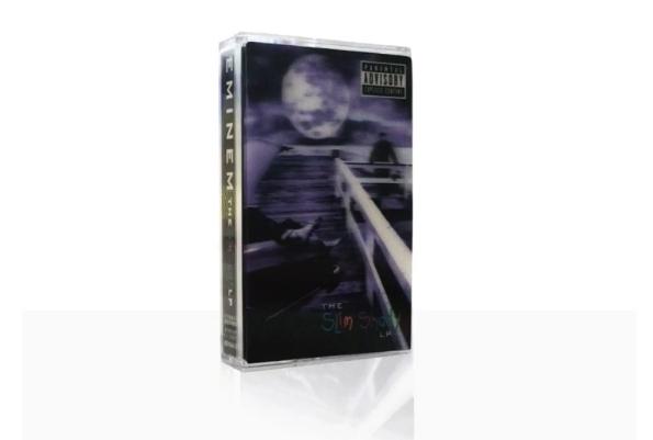 Eminem показал переиздание альбома «The Slim Shady LP» на кассетах