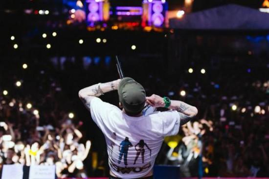 Eminem-Lollapalooza-2016-2.jpg