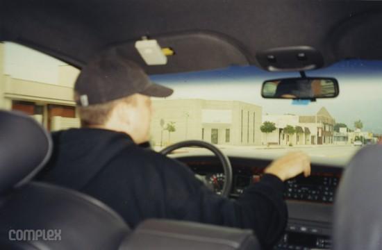 Eminem едет в студию. Burbank, Калифорния (Июнь 1998) Фотография Noah Callahan-Bever.