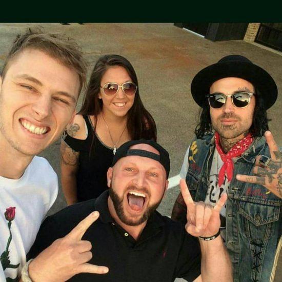 Machine Gun Kelly Kid Rock Yelawolf 2017