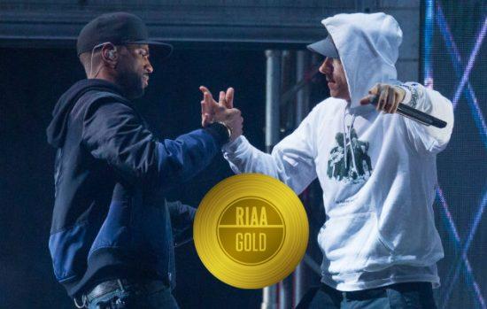 «No Favors» получил золотой статус в США