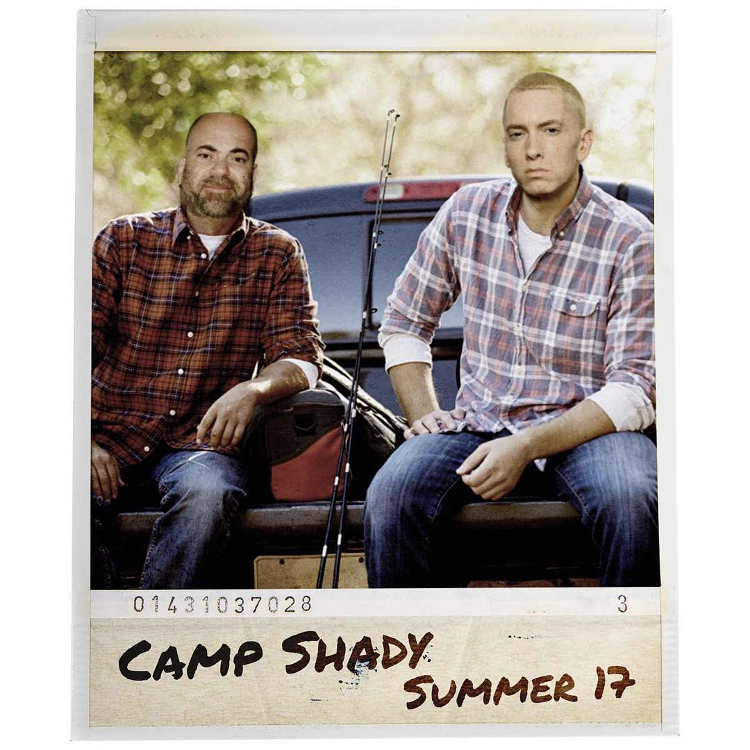 Eminem и Shady Records выпустили коллекцию мерчендайза для кемпинга. Shady заставит вас почувствовать себя комфортно во время пребывания на его летних концертах в Великобритании!