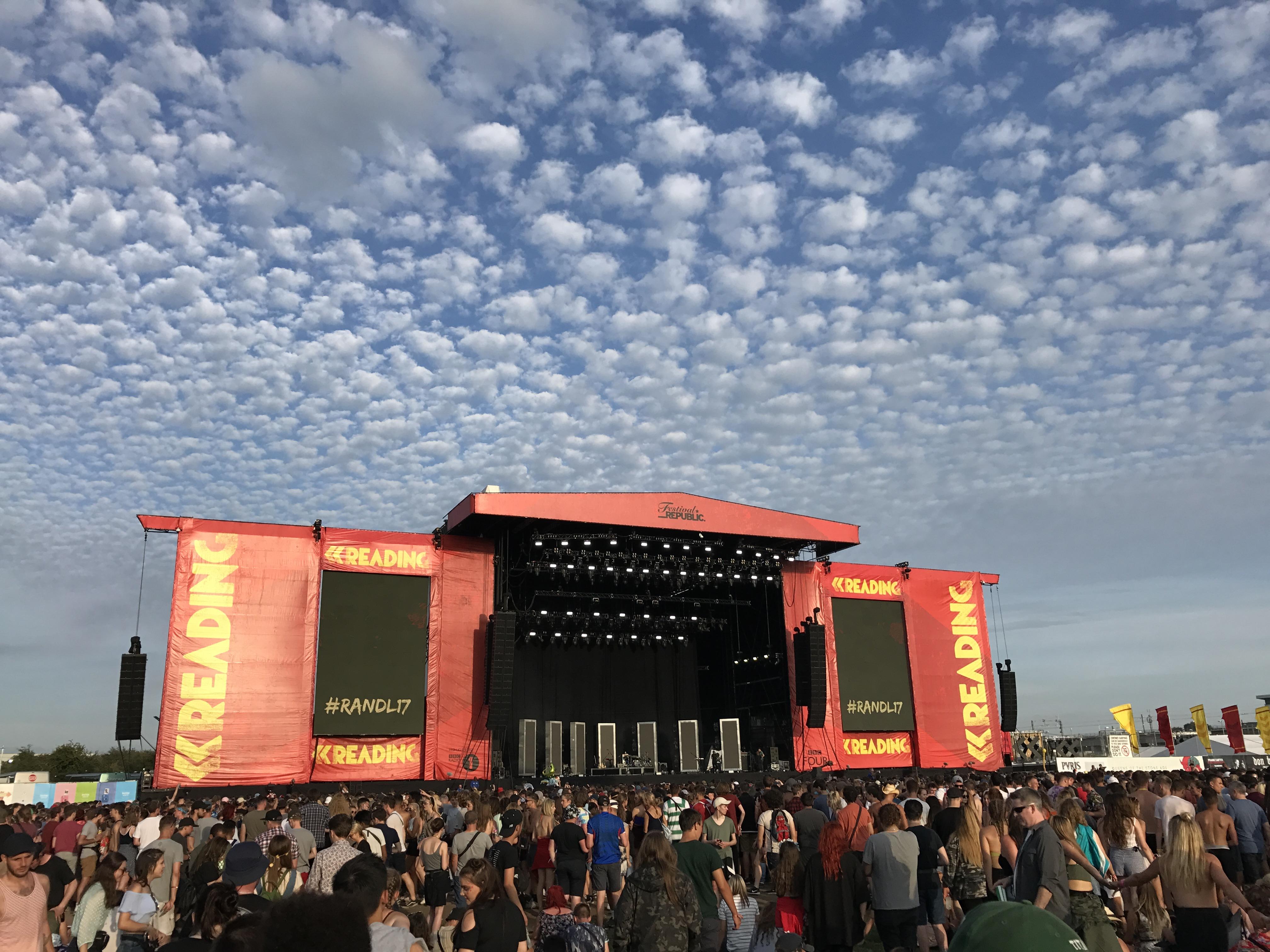 [Эксклюзив Eminem.Pro] Специальный репортаж с концерта Эминема 26 августа на Reading Festival 2017. Во всех подробностях