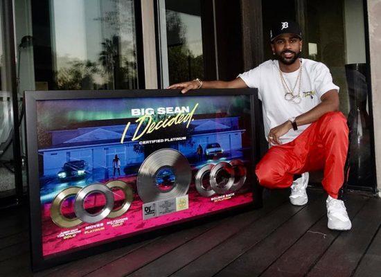Альбом «I Decided» получил «платиновый» сертификат от RIAA