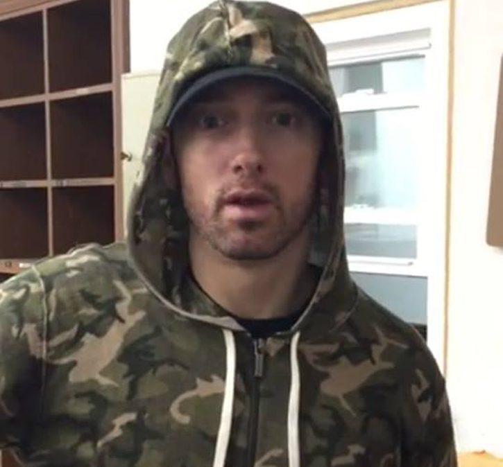 Eminem поздравил отца с Днём Рождения?
